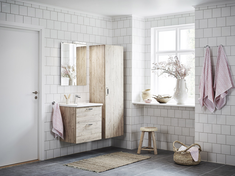 Trä i badrum ~ xellen.com
